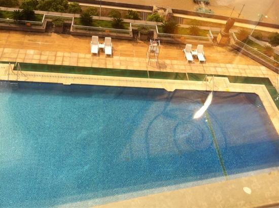 Xinhua Jianguo Hotel :                   酒店泳池