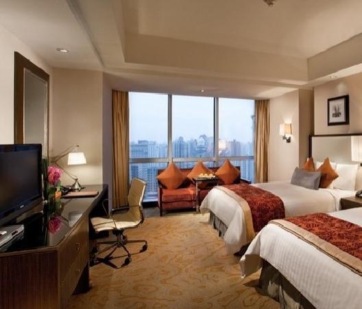 คอร์ทยาร์ด บายแมริออท เซี่ยงไฮ้ ชวู๋เจียฮุ่ย: 西藏大厦万怡酒店