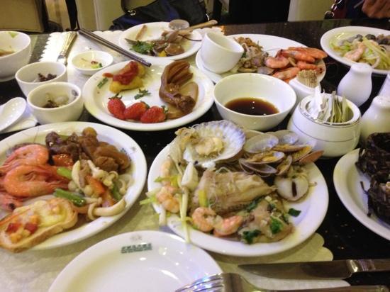 New South Asia Hotel : 自助餐