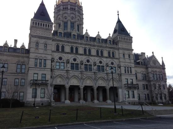 Connecticut State Capitol: 州府
