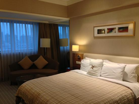 Four Points by Sheraton Shanghai, Pudong: 舒适房