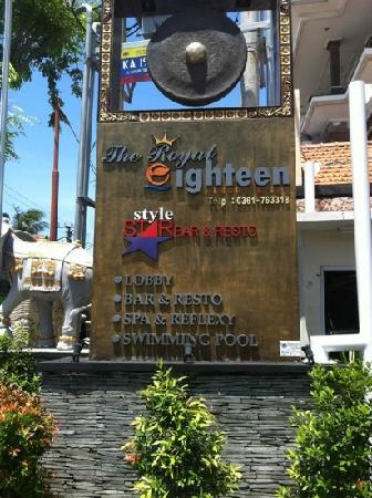 Grand Hardys Hotel and Spa Kuta: The royal eighteen