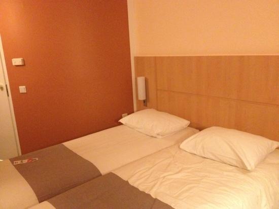 โรงแรมไอบิส อัมสเตอร์ดัมซิตี้สโตเปอราโฮเต็ล:                   ibis