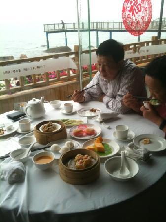 JiaLi Seafood Restaurant (HuanDao Road)