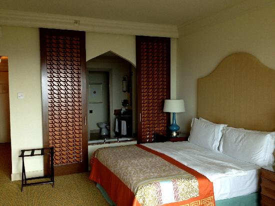 Atlantis, The Palm: room