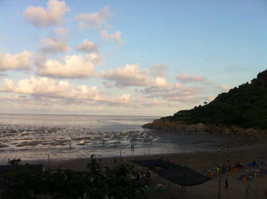 West Bay of Pingyang: 西湾海鲜排档