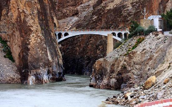 Tybet, Chiny: 怒江