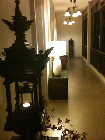 Baan Klang Vieng Hostel: 五号客房出来