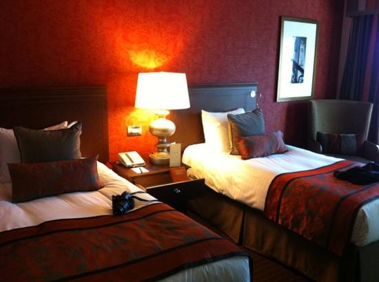 Hilton Glasgow: room