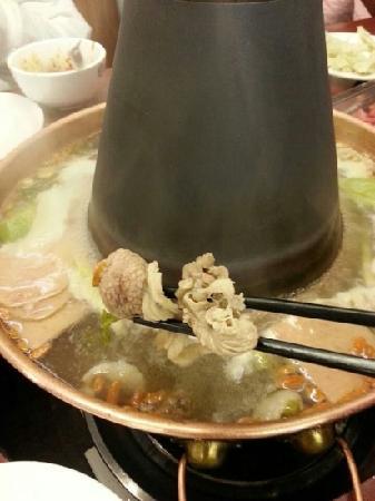 YiPin Ju ReQi Mutton Guan (WuLuMuQi Middle Road)