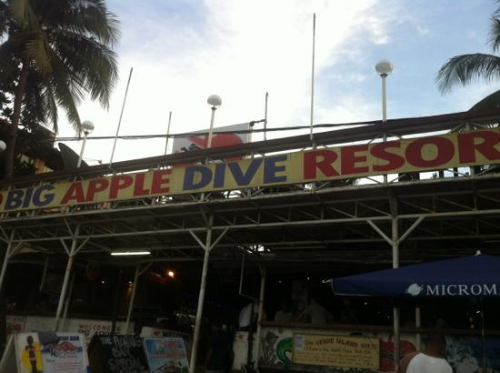 Big Apple Dive Resort : big apple