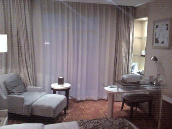 โรงแรม ปูซิ นิว เซ็นจูรี่ เซี่ยงไฮ้: 房间