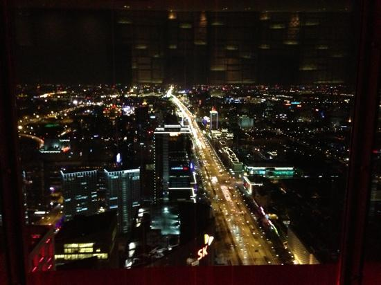โรงแรมพาร์คไฮแอท ปักกิ่ง: 酒店窗外夜景