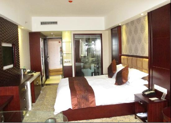 Golden Phoenix Hotel : 照片描述