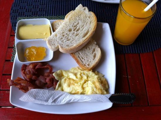 Gran Prix Boracay Hideaway: 酒店早餐