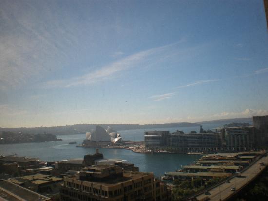 Shangri-La Hotel Sydney: 窗外景观
