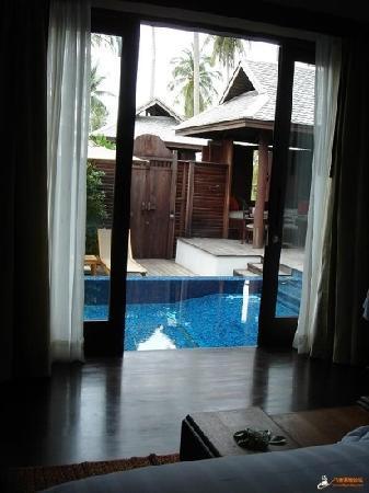 Anantara Mai Khao Phuket Villas:                   从别墅里望出去