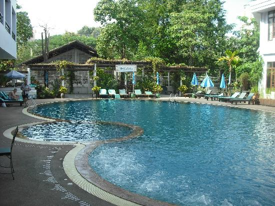 Areca Lodge: pool