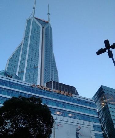 Le Royal Meridien Shanghai:                   楼