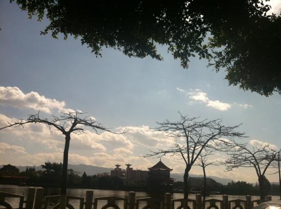 South Lake, Honghe: 蒙自南湖