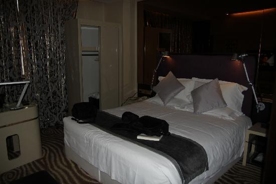 Yitel Hotel Shanghai Xuhui: room