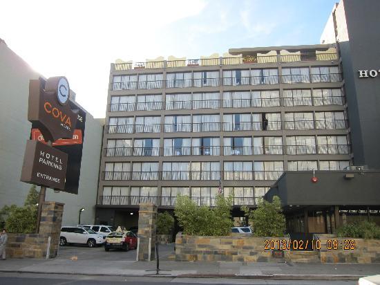 COVA Hotel的外观