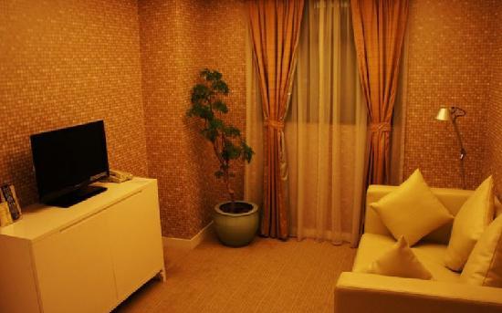 โรงแรมซิลกา ซีวิว:                   海景丝丽酒店套房