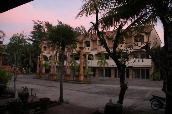 Circle Phuket Resort & Spa: 酒店院内