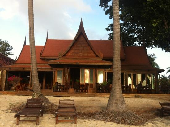 Blue Lagoon Hotel: 吃早餐看海景