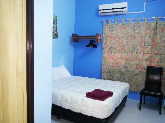 Amigos KL Guest House: 双人房
