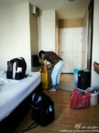 Bangkok Loft Inn: 妈妈在理东西