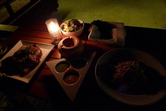 เชอราตัน มัลดีฟส์ ฟูลมูน รีสอร์ท&สปา:                   好吃的晚餐