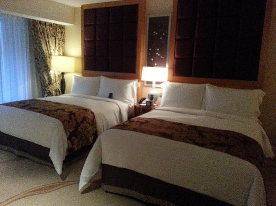 Conrad Macao Cotai Central:                   20121124_164003