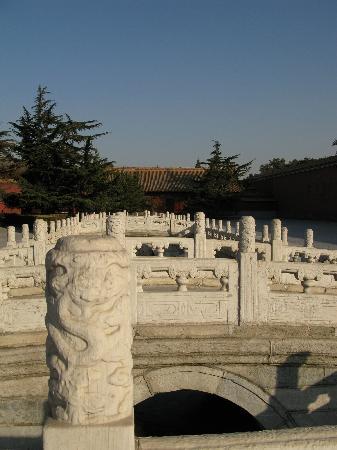 Beijing Taimiao Temple: 太庙前的金水桥