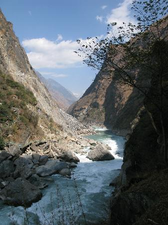 Tiger Leaping Gorge (Hutiao Xia): 虎跳峡