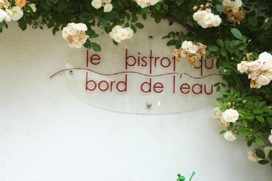Relais & Chateaux - Hostellerie de Levernois: 酒店享有米其林水准的高级餐厅