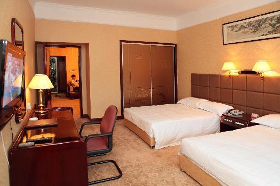 Shiji Changguan Hotel: 大使套房双人房