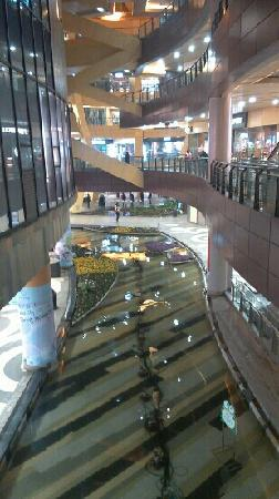Water tours City Shopping Center