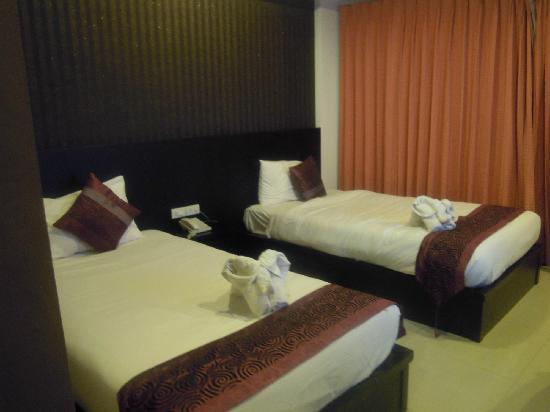 7Q Hotel: room1
