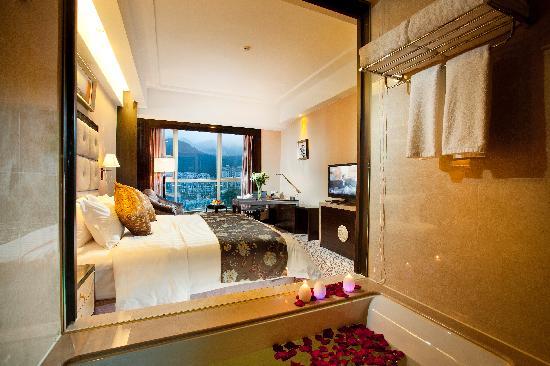Peninsula Kaihao Hotel