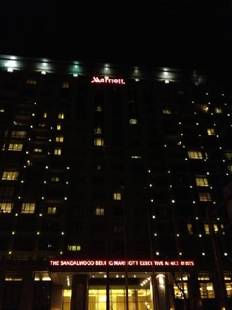The Sandalwood Beijing Marriott Executive Apartments: 房间很大