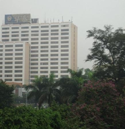 Hua Tai Hotel: 外景
