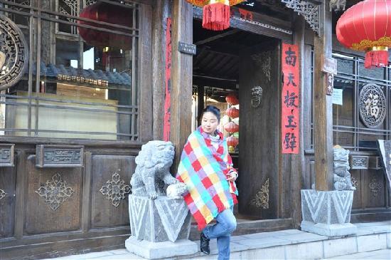 Huayang Nianhua Inn Lijiang Yangguang Lijiang: 温馨与舒适的选择——阳光丽江客栈
