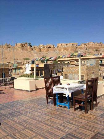 Mystic Jaisalmer Hotel:                   天台