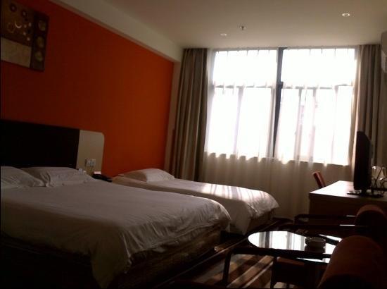 Motel 168 Zhangjiagang Jin'gang Town