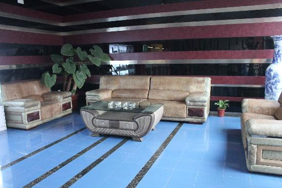 Motel 168 Tianjin Railway Station North Square : 酒店大堂