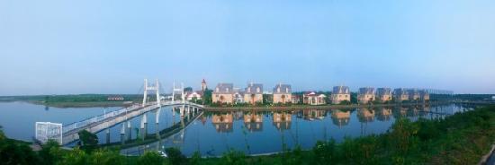 Shanghai Angle Bay Vacation Land: 天使大桥与古典式别墅群