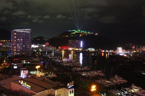 """Hongzhou Eadry Resort Hotel: yuantiao""""luhuitou""""yejing"""