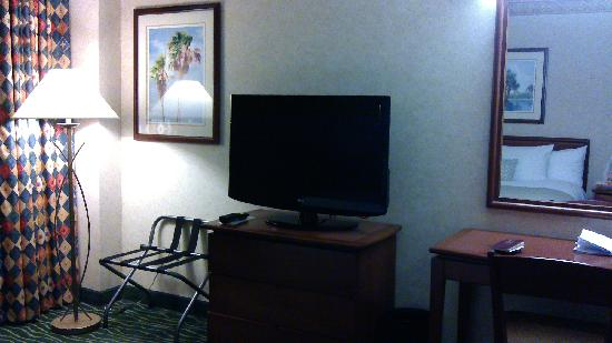 Embassy Suites by Hilton Tampa-USF/Near Busch Gardens: wo shi