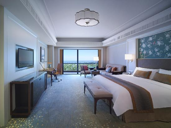 Shangri-La Hotel Haikou: Deluxe Sea View Room 豪华海景房